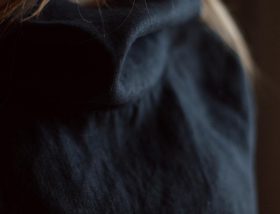 100% Linen Top Black