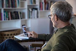 Den mobile høreklinik finjusterer via app