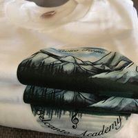 Creazione magliette con logo.jpg