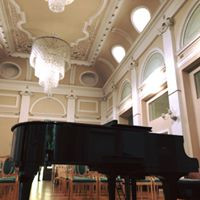 Sala da concerto Villa Sissi.jpg
