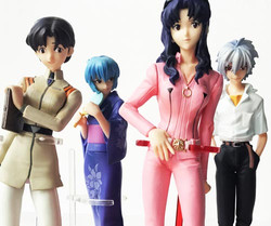 Neon-Genesis-Evangelion-figurines