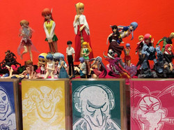 manga-figurines-market-stall
