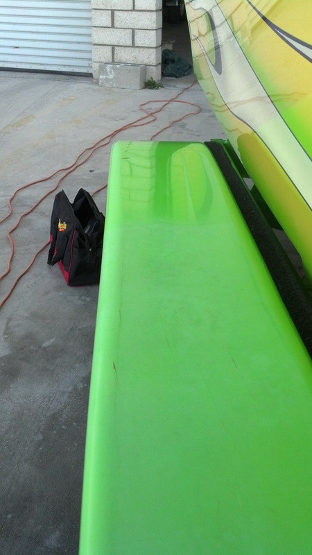 Boat Tariler Fender Oxidation Removal