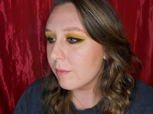 Easy Yellow Eyeshadow Look