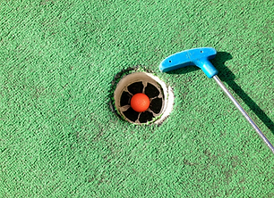 Putt putt golf at Drummond Island Resort.png