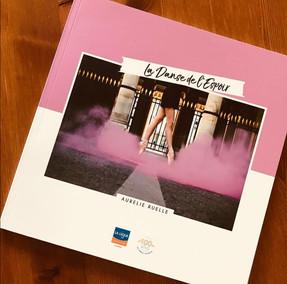 """""""La Danse de l'Espoir"""" for the Ligue against Cancer"""
