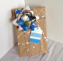 Pantone gift wrap gift bow gift tag