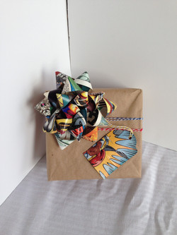 gift wrap recycled comic gift bow
