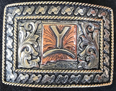 trophy buckle with buck stitching