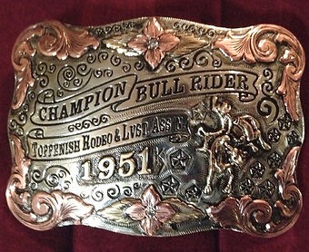 trophy buckle, economical buckles, rodeo awards