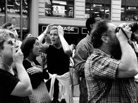Brasileira registrou o desespero pelas ruas de NY em 11 de setembro