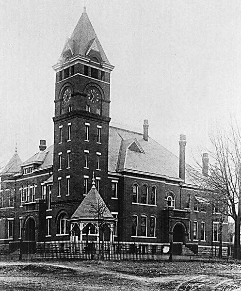 1899 Clark Courthouse Facade