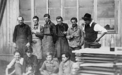 Eva's grandfather with his men