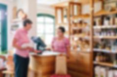 Verkauf von Brot im Backhaus