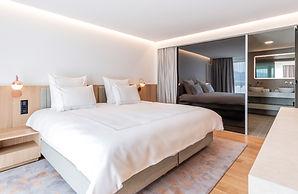 Vitality Suite Bed.jpg