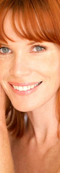 Redhead sorridente