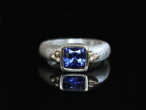 14k And Sterling Silver 2.14 Ct Cushion Cut Blue Sapphire Solitaire