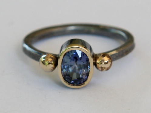 Natural 1.10ct Blue Sapphire Ring Oxidized Sterling SilverAnd 18K Gold SZ 6.25