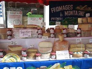 Chalais_market1.jpg