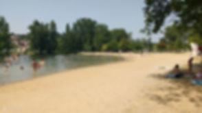 Aubeterre_beach.jpg