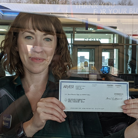 Arvest Bank Donates to Our Meal Program