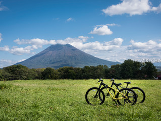 Go on the cycling tour in Niseko