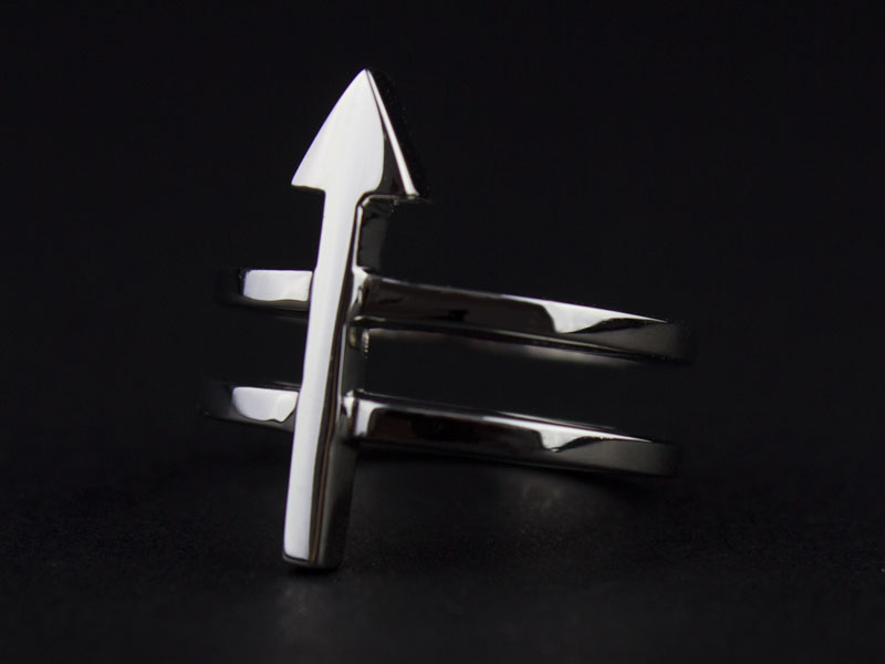 Platinum Top Arrow Ring