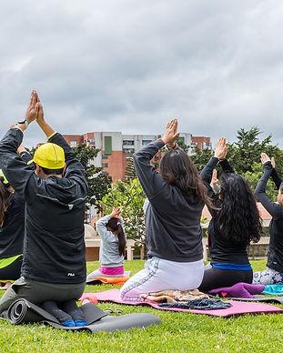 Yoga al parque Bogota