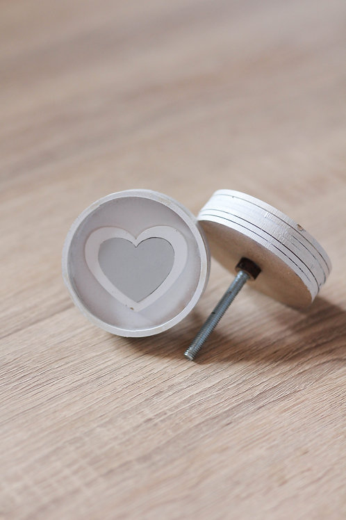 Doorknob Wooden heart