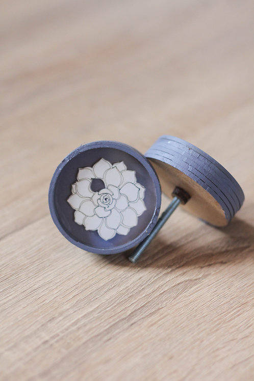 Doorknob wooden Namibian rose