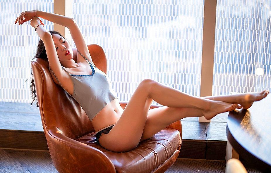 woman-5697640_1280.jpg