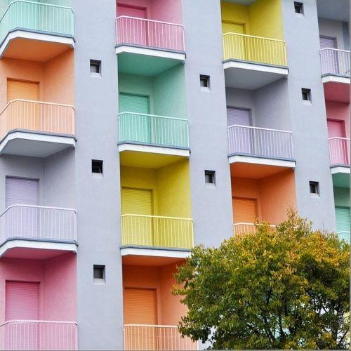 Tende Per Chiudere Ripostiglio spazi nascosti: un balcone per l'estate