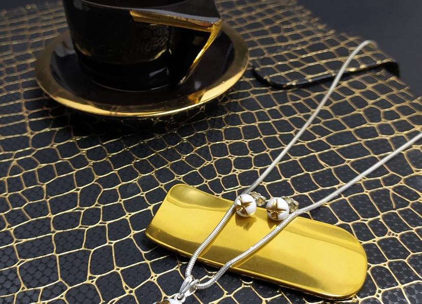 MANOjewellery134.jpg