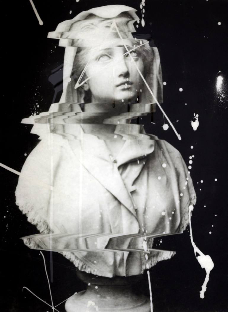 Glitch - Weeping Bust