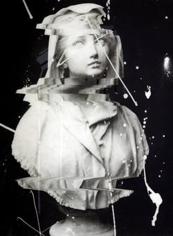Glitch - Weeping Bust
