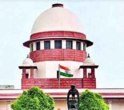 SC Pulls Up The State Government Of Maharashtra And Delhi For Not Filing Affidavits Regarding Statutes For The Welfare Of Migrant Workers.