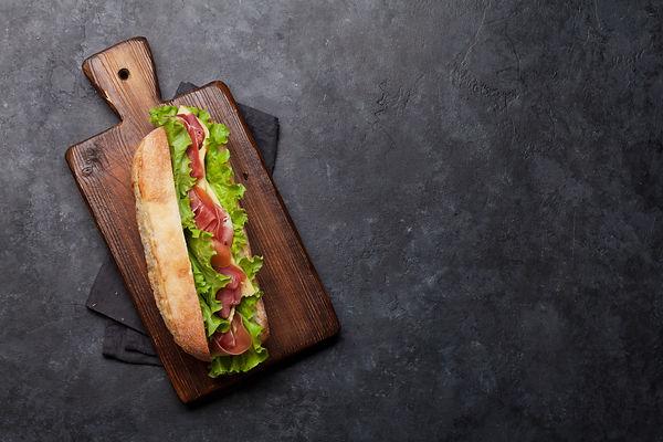 fresh-submarine-sandwich-S6PXVGA.jpg