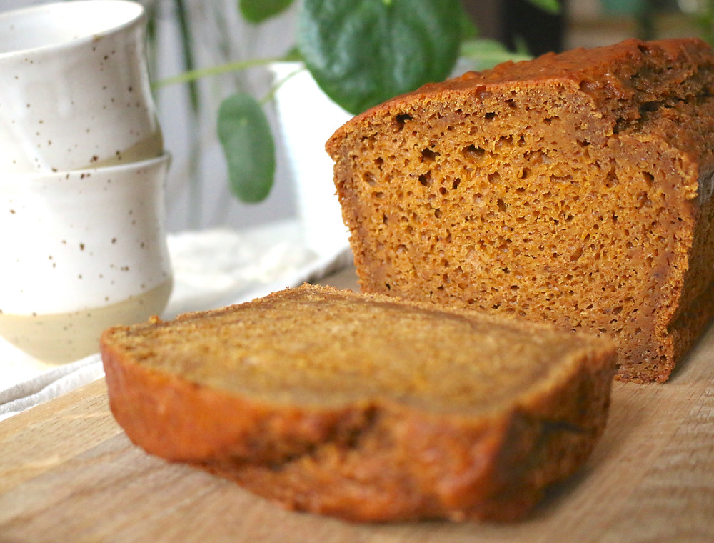 Przepis na Puszysty dyniowy chlebek (wegański, bez cukru rafinowanego)