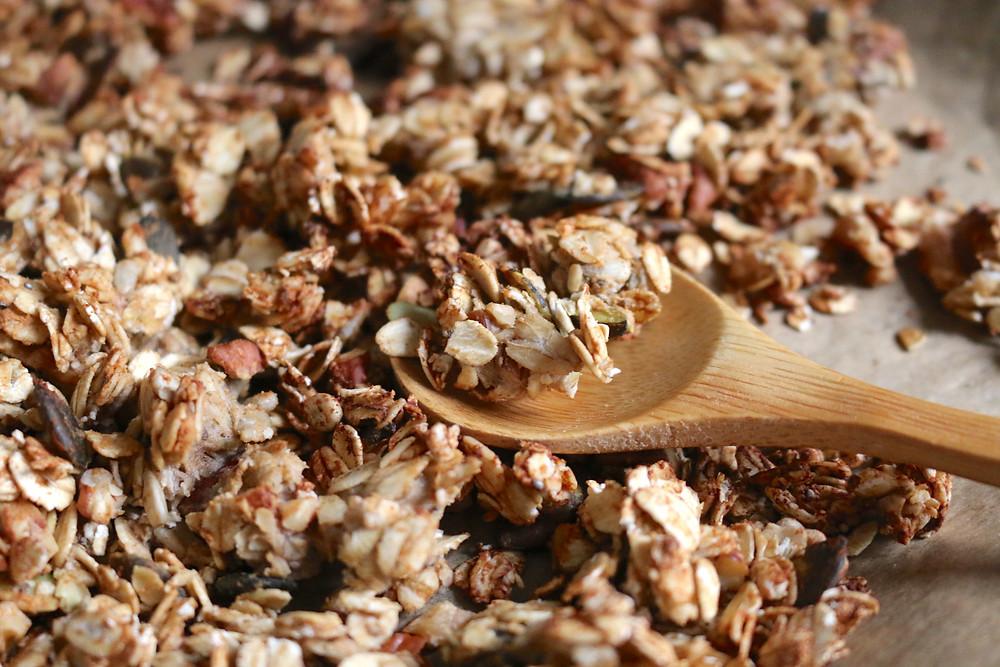 Przepis na Roślinną granolę proteinową (bezglutenowa, bez cukru rafinowanego)