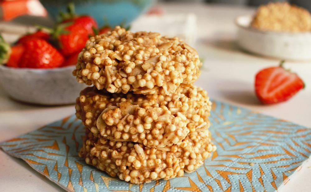 Przepis na Migdałowe ciasteczka z komosą ekspandowaną (wegańskie, bezglutenowe, bez pieczenia!)