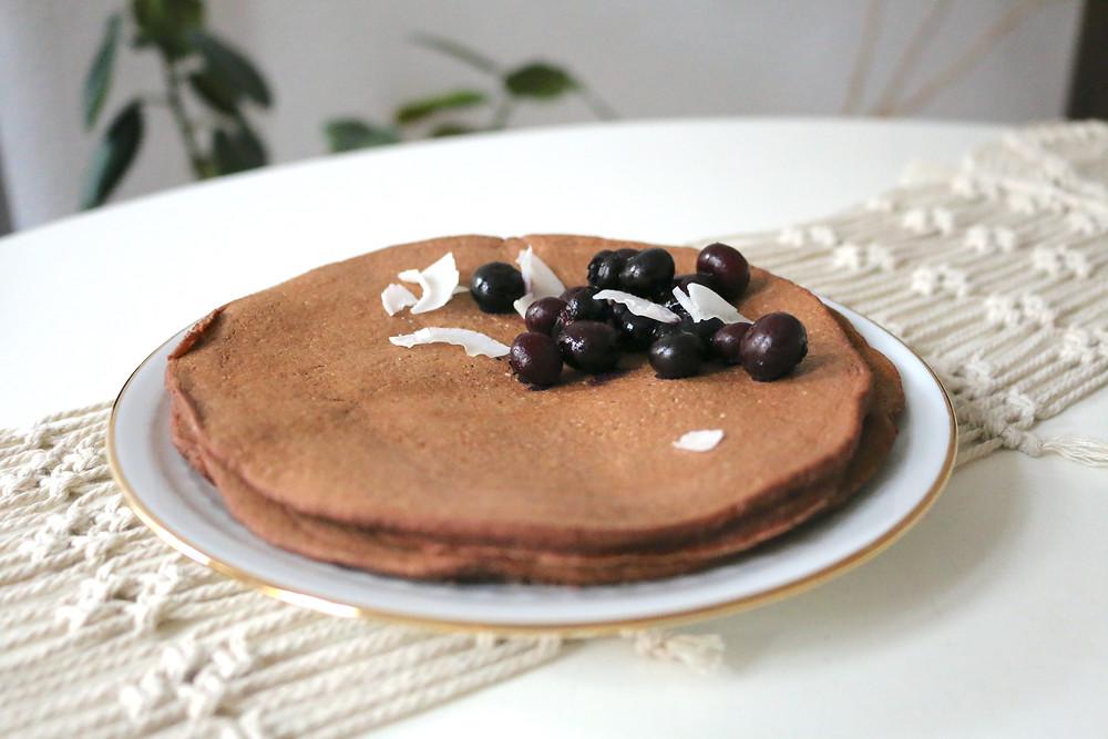 Kakaowe naleśniki (wegańskie, bezglutenowe, bez cukru rafinowanego)