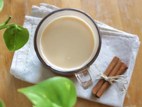 London Fog, czyli aromatyczne latte z czarną herbatą (wegańskie, bez cukru rafinowanego)