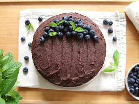 Wegański tort czekoladowy (bez cukru rafinowanego)