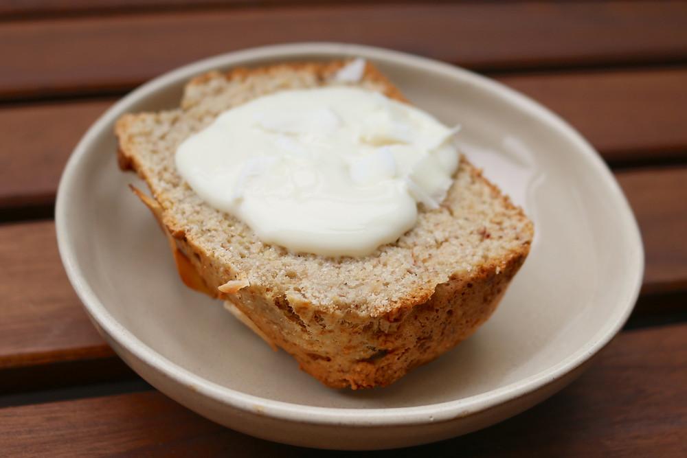 Kokosowy chlebek bananowy (wegański, bez cukru rafinowanego)