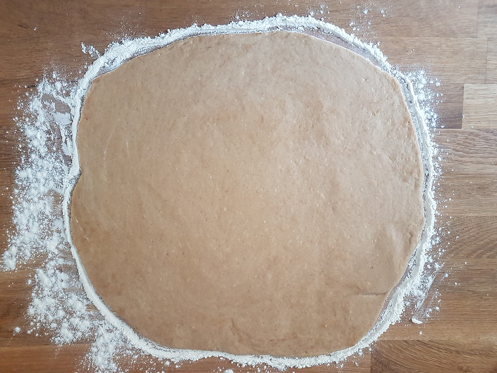 Przepis na cynamonki, cinnamon rolls, cinammon buns, donut cinnamon scrolls, wegańskie