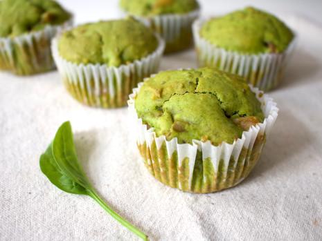 Szpinakowo – cytrynowe muffinki z jabłkami (wegańskie, bez cukru rafinowanego)