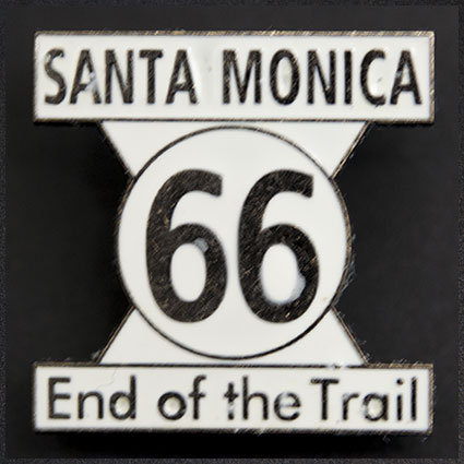 Route66 End of the Trail「サンタモニカのピンバッジ」