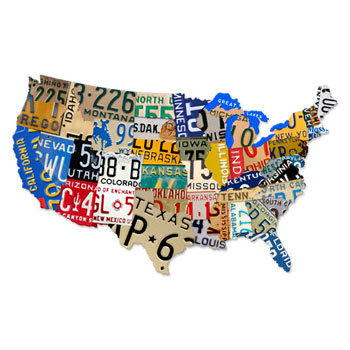 ナンバープレートでアメリカの地図を型抜