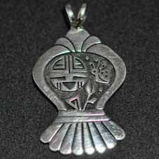 銘:Gary & Elsie Yoyokie 幸福の象徴,命の源を表す「サンフェイスとバタフライのトップ」