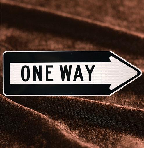 ONE WAY トラフィックサインボード